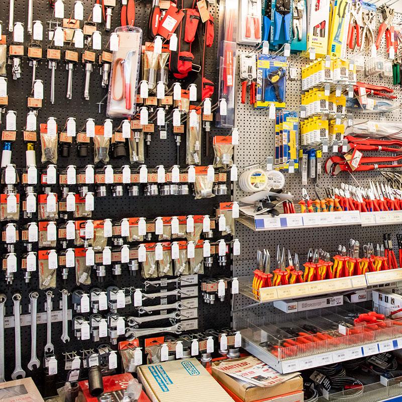 Werkzeug, Schraubenschlüssel, etc.